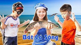 Bắt Cá Ngoài Sông Cùng Anh Chàng Cướp Biển ♥ Min Min TV Minh Khoa