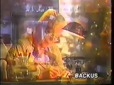 Backus navidad con leslie scarlet y rafaella paredes (Peru 1992/1993)