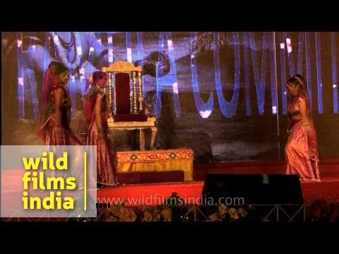 Ram ji ki nikli sawari : A dance performance at Luv-Kush ramlila...