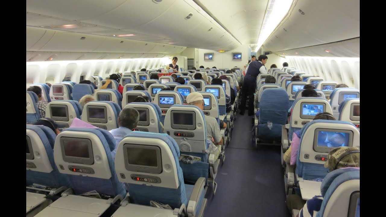 Philippine Airlines Boeing 777 Manila To Vancouver