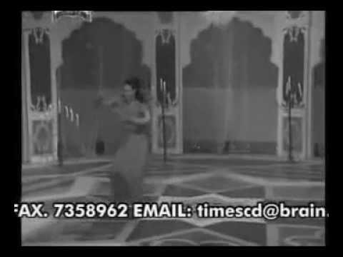 Sexy Dance Veena Ki Jawani Vs Sheila Ki Jawani video