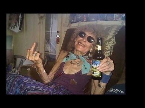 Супер танец - веселая  старушка!