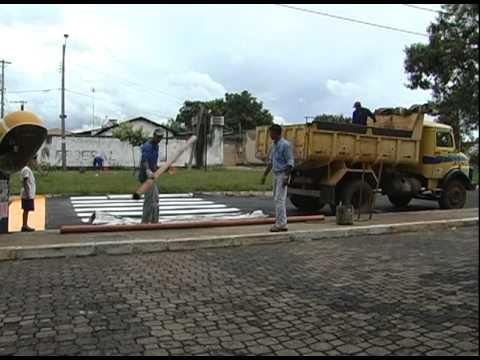 Passagem elevada começa a ser construída na Av. Embaúbas