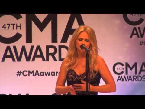 Miranda Lambert & Blake Shelton backstage at the CMA Awards