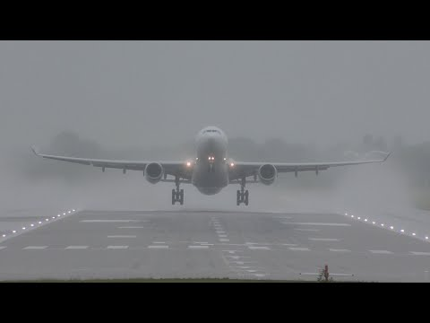 After thunderstorm amazing weather effects during heavy take offs at London Gatwick airport