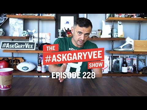 YouTube Monetization Policies, Future Of FinTech & Fostering Leadership | #AskGaryVee Episode 228