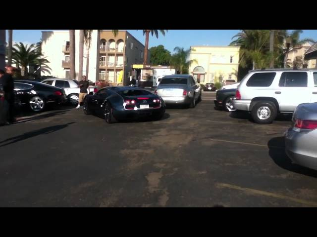 Bugatti veyron Super Sport start-up Amazing sound!!