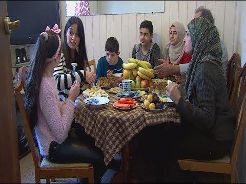 UK halfway to target of resettling 20,000 refugees