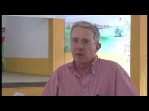 Álvaro Uribe, una entrevista que lo incomodó