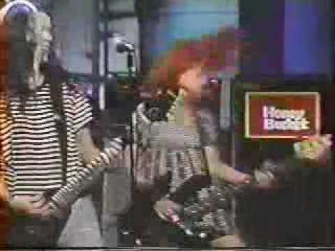 L7 -  Pretend we're dead live Letterman 1992 Music Videos