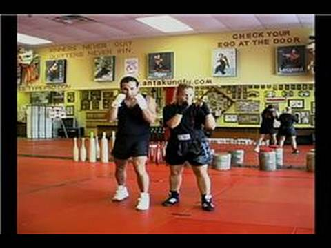 Kickboxing : Knee Strike Image 1