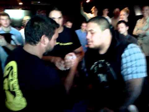 arm wrestling final