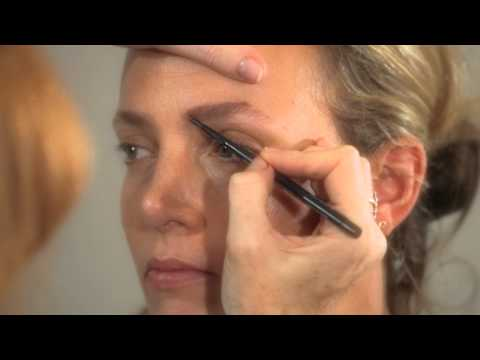 The Perfect Brow - Eyebrow shaping and make-up tutorial   Charlotte Tilbury