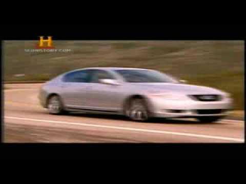 Carros hibridos com motores a gasolina/elétricos simultaneamente ou não. Dublado/legendado PT-BR