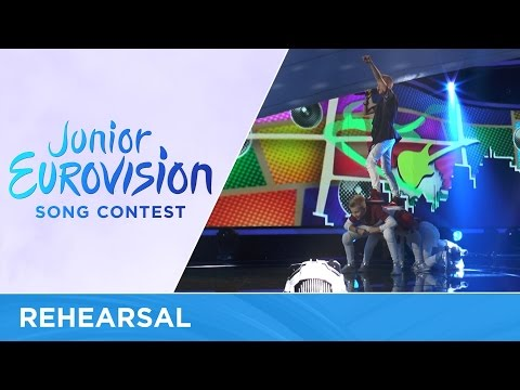 Alexander Minyonok - Musyka moih pobed (Music is my only way) (Belarus) Rehearsal JESC2016