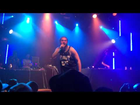 Post Malone debuts new unreleased song at MOD Club in Toronto, Canada!