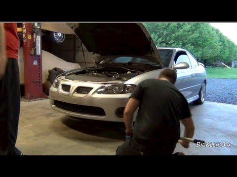 How To: Clutch Fluid Flush on a Pontiac GTO