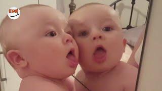 Ekim Ayının En Eğlenceli İlk Kez Aynada Kendini Gören Bebek Videoları 👶 Komik Bebekler 2018