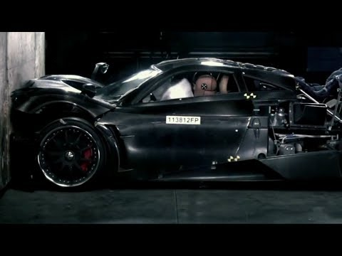 Pagani Huayra Crash Test