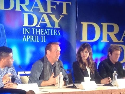 """Draft Day""- Press Conference, New York  - Kevin Costner , Jennifer Garner ,Denis Leary"