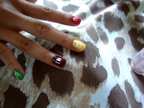 Uñas decoradas de m&m`*•♥• (Nail Art - m&m)