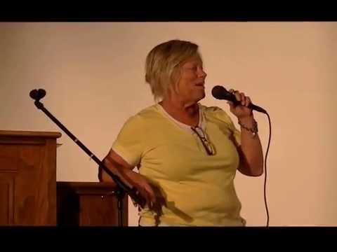 Judy Middeler delivers retiring teacher  speech