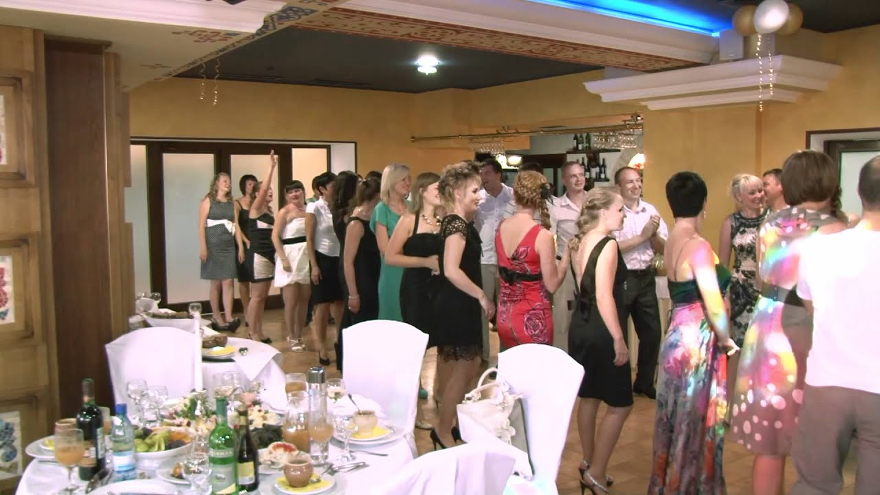Конкурсы на свадьбу поцелуйные