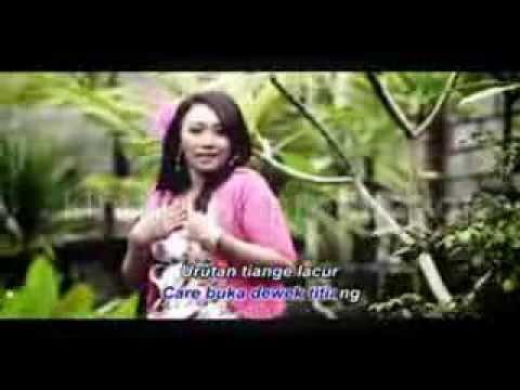 Urutan Amah Meong-Ayu Wiryastuti