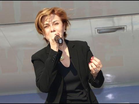 Feridun Düzağaç, Zuhal Olcay, Erkan Oğur ve İ  Hakkı Demircioğlu CHP Aydın Konserinde Sahne Aldı