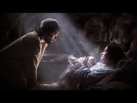 """""""O povo que andava nas trevas viu uma grande Luz"""". � dessa forma que o Profeta Isaías se refere ao nascimento de Jesus. A grande luz que tira a humanidade da..."""