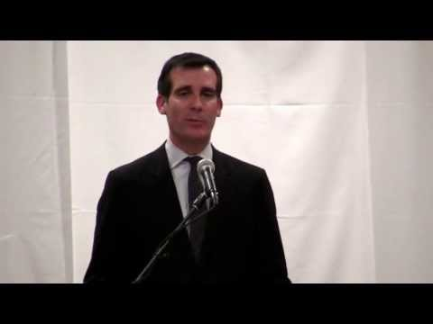 Eric Garcetti- his vision for Mayor of L.A. 1/3/13 @ Cong. Beth Jacob [Part 4/29]