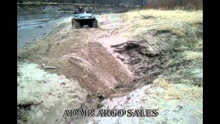 AMPHIBIOUS ARGO 480 WITH OLD STYLE ADAIR ARGO TRACKS CROSSING WASHOUT.avi
