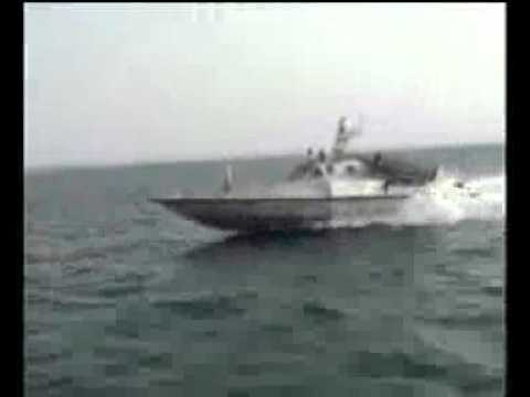 Iran launches high speed missile launching assault boats - 23 August 2010