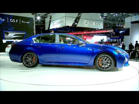 Car Tech - 2016 Lexus GS-F