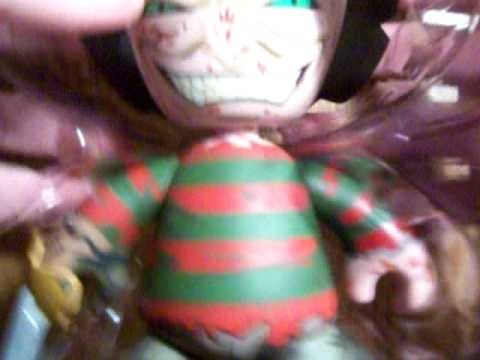 Mez Itz Freddy Krueger Review