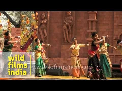 'rongali Bihu' Dance By Rupam Sarmah And Group From Assam video