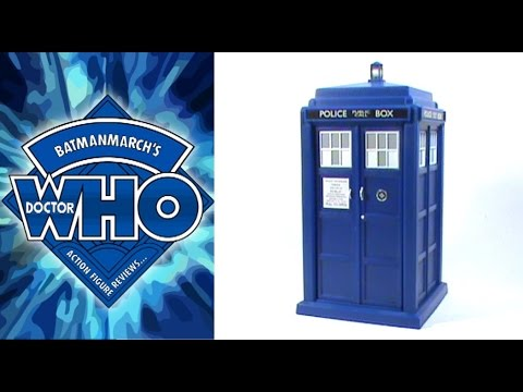 Doctor Who Action Figure Review: 12th Doctor Spin and Fly TARDIS