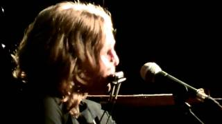 Watch Tift Merritt See You On The Moon video