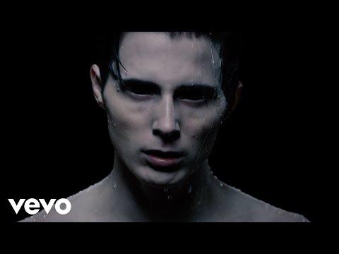 Call Me Karizma - Bleach (Official Video)