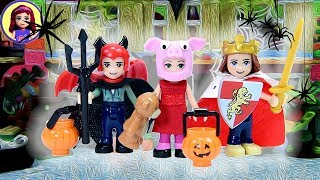 Halloween Lego House Decorating and Costumes for Sophie & Henry w/ Triplets - Dress Up Silly Play
