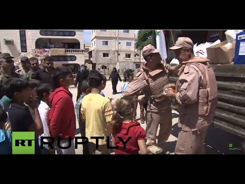 Syria: Russian forces distribute aid and medical treatment in Latakia
