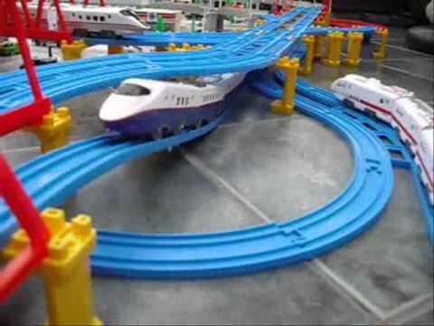 Tomy Trains Tomica Hypercity