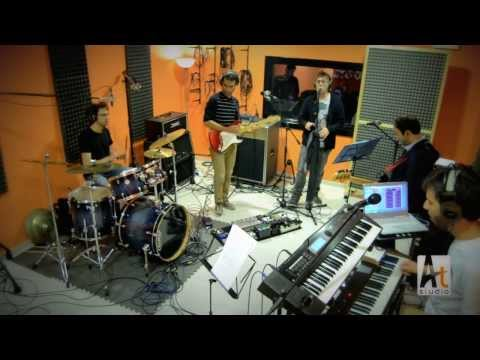 Lysergic Dream - Another Brick In The Wall Pink Floyd Cover Live atstudio Sulmona video