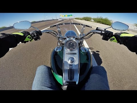 2016 Harley Davidson Road King - Test Ride Review