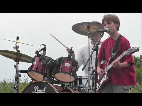 Awesome Kid Band - Welcome to the Jungle