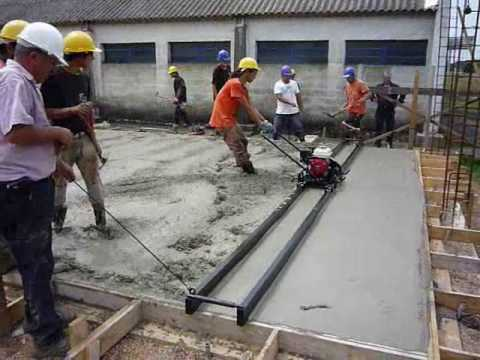 Ejecución de pavimento de 15 cm de espesor de hormigón de 6.00m x 55.00 m en 12 horas de trabajo