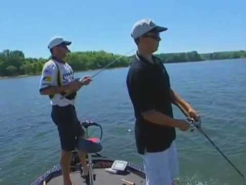 Largemouth Bass Fishing with Kevin VanDam on Kentucky Lake