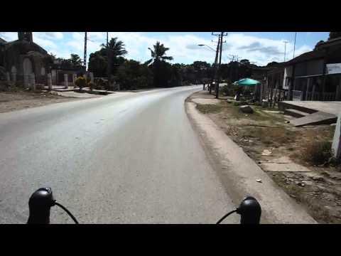 Senor, Senor!!!  Guy crosses in front of me.  Sancti Spiritus to Trinidad, Cuba.  Day 11.
