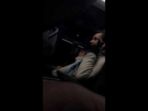Неадекватная пассажирка!!выносит мозг пассажирам