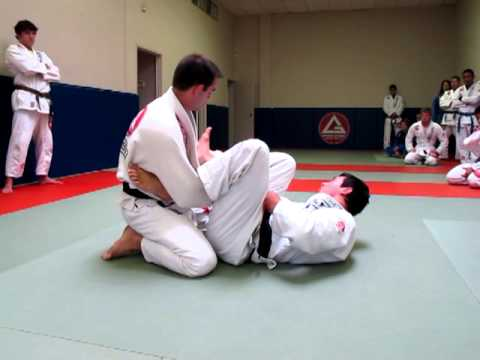 Instructional Video: Kayron Gracie Teaching Sweeps Image 1